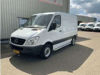 Mercedes-Benz Sprinter 311 2.2 CDI 325 Automaat L1H1 Airco ,3 Zits, Trekh - цельнометаллический фургон