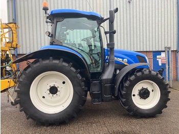 Колёсный трактор New Holland T6.140