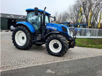 Колёсный трактор New Holland T7.170 AC